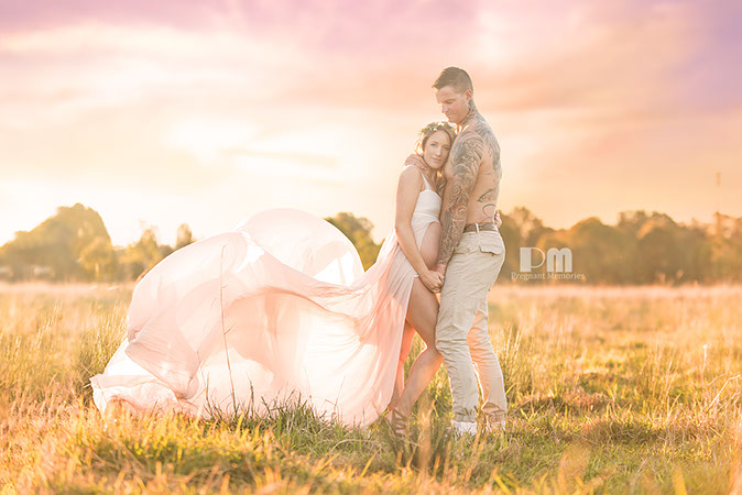 Gold Coast Field Maternity Photo, Lisa Holloway. Pregant Memories by Rikki-Lee